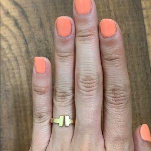 Custom made 18K gold T ring